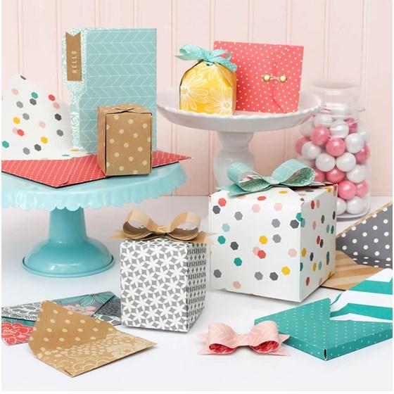 Ferramenta De Corte e Vinco 1 2 3 Caixa Envelope e Laços We R Memmory Keepers